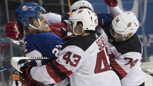 Devils 0 - Islanders 2
