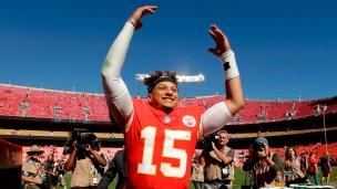 Mahomes et la foule mènent les Chiefs à la victoire!