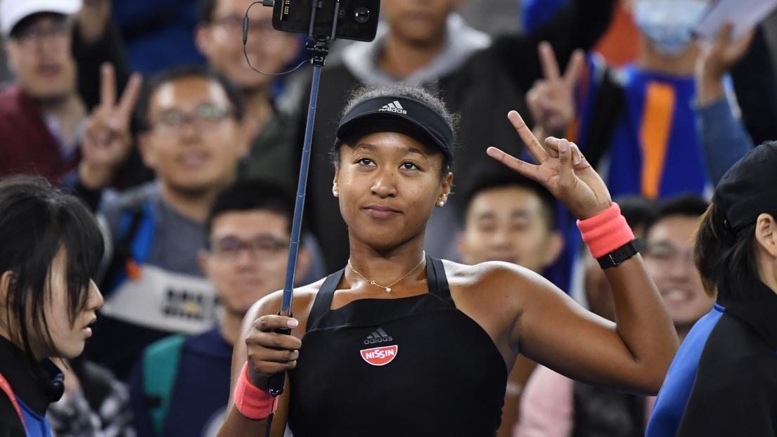 Osaka surmonte ses larmes pour aller en demi-finale à Pékin — Tennis