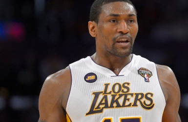 Metta World Peace retenu par les Lakers
