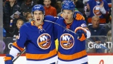 Mathew Barzal et Anders Lee