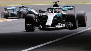 Hamilton offre une 100e position de tête à Mercedes
