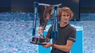 Finales de l'ATP : Zverev soulève le trophée