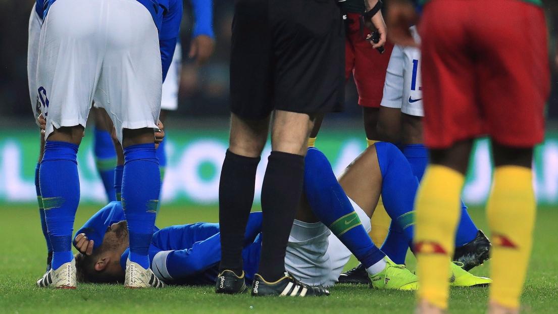 Neymar sort sur blessure à une semaine de PSG-Liverpool — Brésil