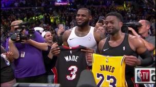James et Wade partagent un dernier moment sur le parquet