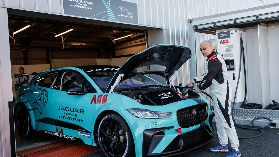 Jaguar-i-Pace-E-Trophy-David-Booth-3