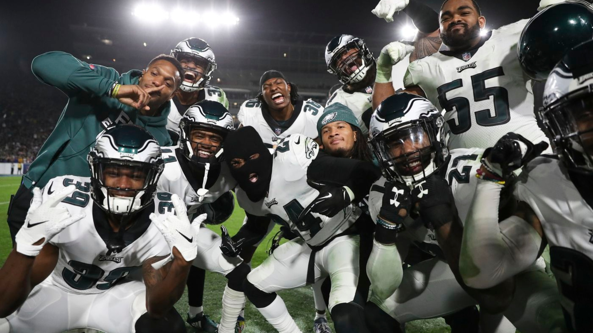Les Eagles ont surpris les Rams, 30-23.