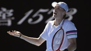 Shapovalov freiné par Djokovic