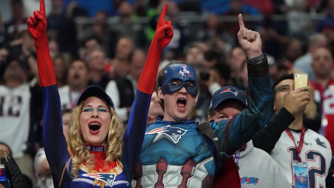 Des partisans au Super Bowl
