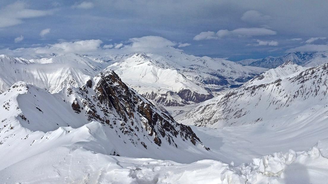 Cover destinations ski