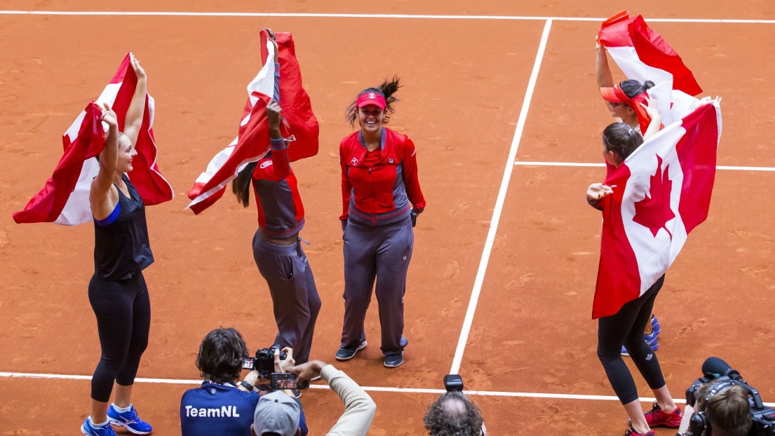 Françoise Abanda et Bianca Andreescu s'imposent — Fed Cup