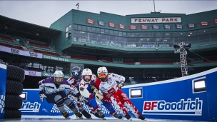 Le Crashed Ice s'arrête au Fenway Park