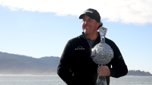 Lefty s'impose encore à Pebble Beach