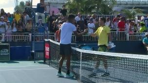 Félix Auger-Aliassime accède au 2e tour à Miami