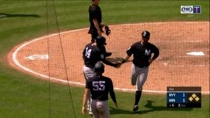 Yankees 5 - Twins 3