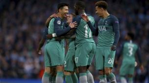 Manchester City 4 - Tottenham 3 (4-4 pour Tottenham au total des buts)