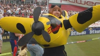 Bomber, mascotte des Kent Spitfires (Criquet)