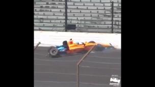 Alonso dans le mur aux essais des 500 miles d'Indianapolis