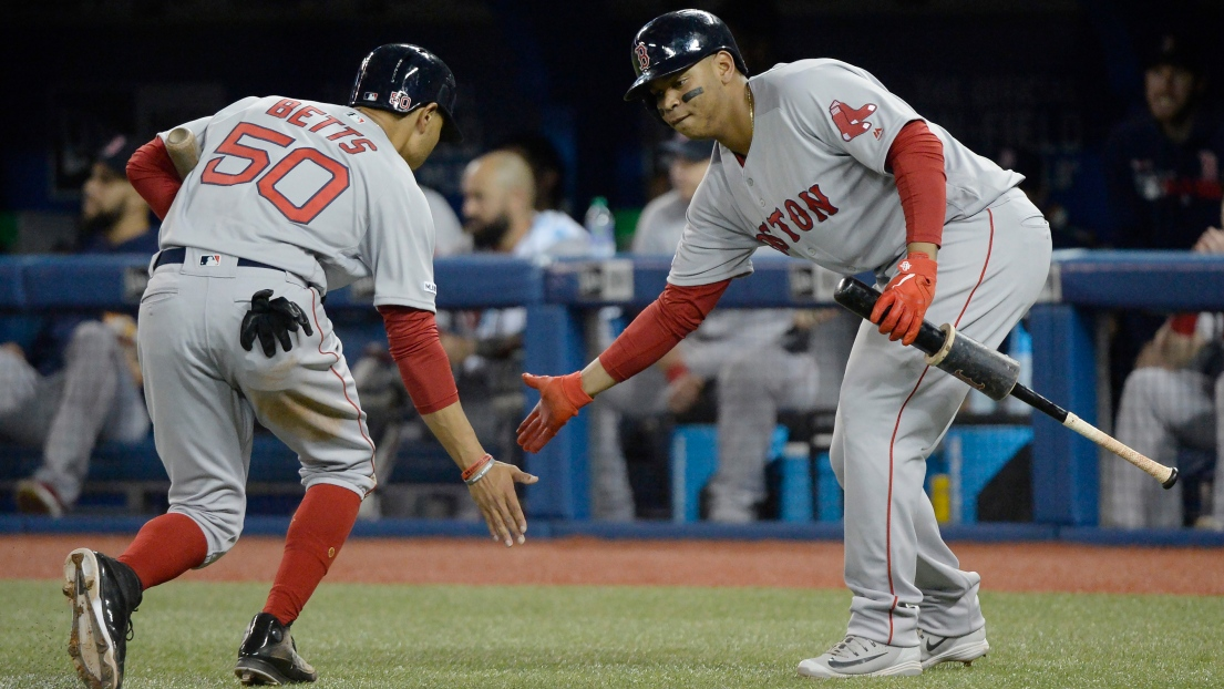 Mookie Betts et Rafael Devers