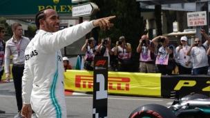 Mercedes brille, Ferrari se tire dans le pied