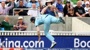 L'attrapé de l'année... au cricket?