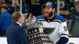 Ryan O'Reilly et Gary Bettman