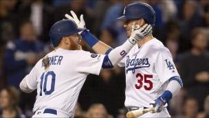 Cubs 3 - Dodgers 5
