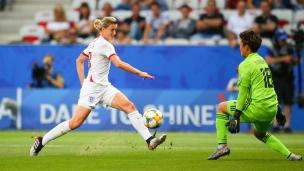 Japon 0 - Angleterre 2