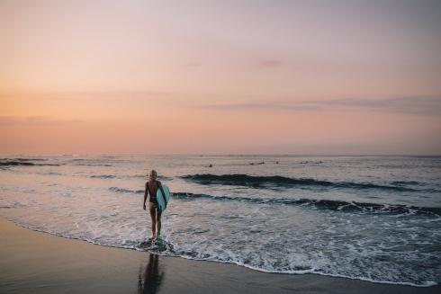 Learn surf Bali