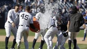 Blue Jays 7 - Yankees 8