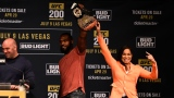 Jon Jones et Amanda Nunes