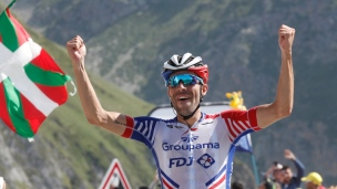 Pinot s'impose; Alaphilippe toujours en jaune
