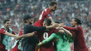 Liverpool soulève la Supercoupe