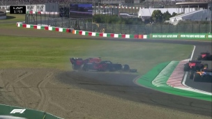 Départ cauchemardesque pour les Ferraris et Verstappen