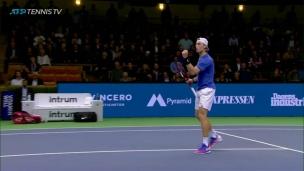 Shapovalov en quarts à Stockholm