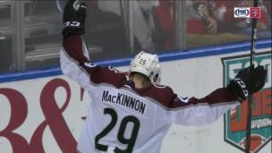 MacKinnon tranche avec un tir parfait