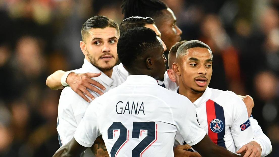 Les joueurs de Paris Saint-Germain célèbrent