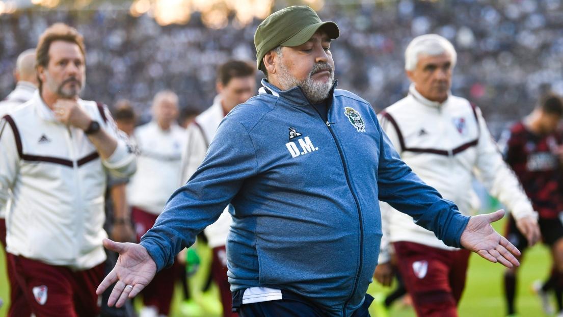 Maradona pourrait rapidement quitter son club — International