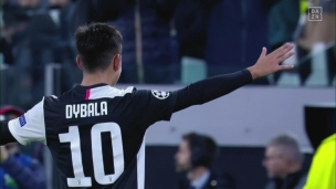 Dybala marque d'un angle impossible