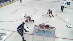 Maroon volé par la mitaine de Varlamov