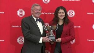 Andreescu reçoit le trophée Lou-Marsh