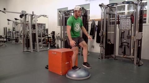 Entrainement hors-glace : le squat piston