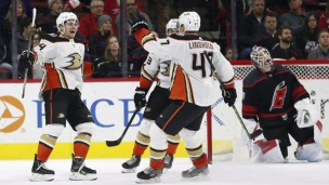 Ducks 2 - Hurricanes 1 (Prolongation)