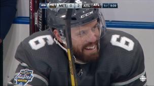 Weber dégaine sur réception et double l'avance
