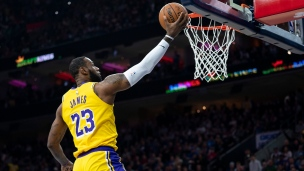 Lakers 91 - 76ers 108