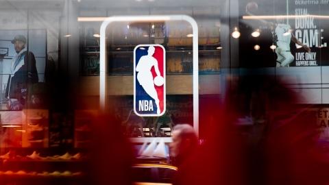 Une 6e femme arbitre à temps plein dans la NBA