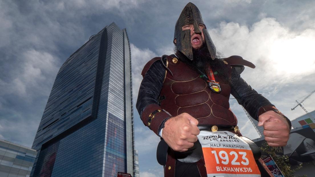 Certains coureurs ne manquent pas d'originalité pour leur costume