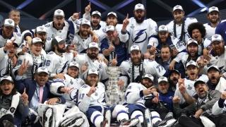 Lightning avec la Coupe Stanley