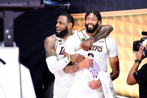 LeBron James et Anthony Davis