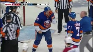 Boychuk atteint à un oeil par un patin